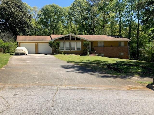 4632 Craghill Circle, Stone Mountain, GA 30083 (MLS #6103829) :: The Zac Team @ RE/MAX Metro Atlanta