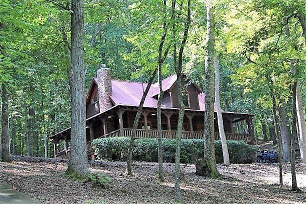 4596 Dogwood Circle, Young Harris, GA 30582 (MLS #6104558) :: North Atlanta Home Team