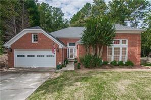8750 Terrace Lane, Roswell, GA 30076 (MLS #6106651) :: KELLY+CO