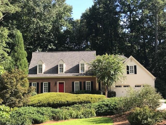 1550 E Bank Drive, Marietta, GA 30068 (MLS #6108670) :: North Atlanta Home Team