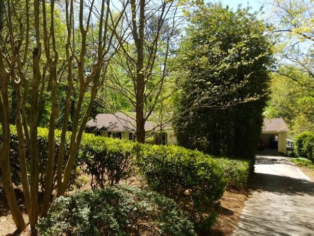 380 Blackland Road, Atlanta, GA 30342 (MLS #6108689) :: Ashton Taylor Realty