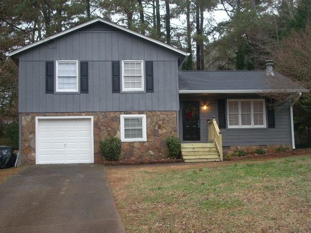374 Mephisto Circle, Lawrenceville, GA 30046 (MLS #6110786) :: Iconic Living Real Estate Professionals