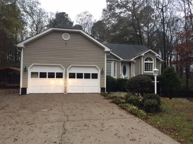 125 Crown Drive, Mcdonough, GA 30253 (MLS #6111123) :: North Atlanta Home Team