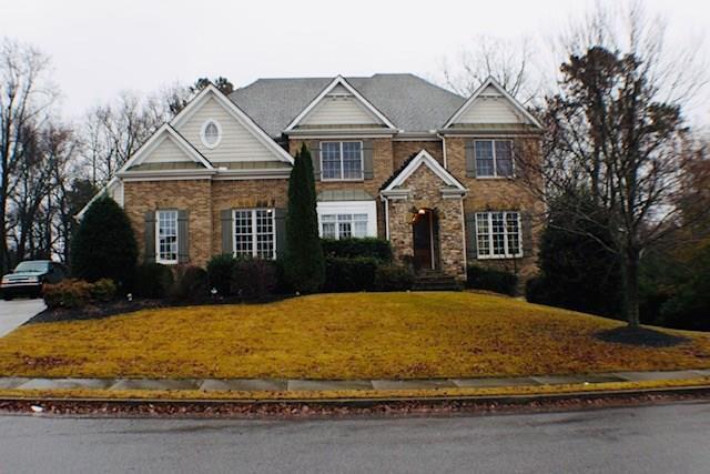 2607 Stone Manor Drive, Buford, GA 30519 (MLS #6111394) :: North Atlanta Home Team