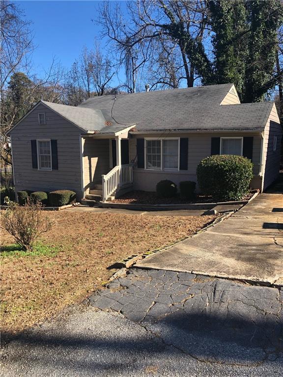 914 Pinehurst Terrace SW, Atlanta, GA 30135 (MLS #6111409) :: The North Georgia Group
