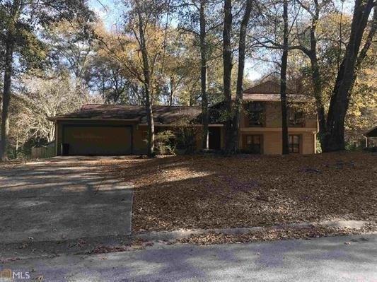 6782 Shangrila, Riverdale, GA 30296 (MLS #6111816) :: North Atlanta Home Team