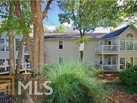 703 Gettysburg Place, Sandy Springs, GA 30350 (MLS #6114186) :: North Atlanta Home Team