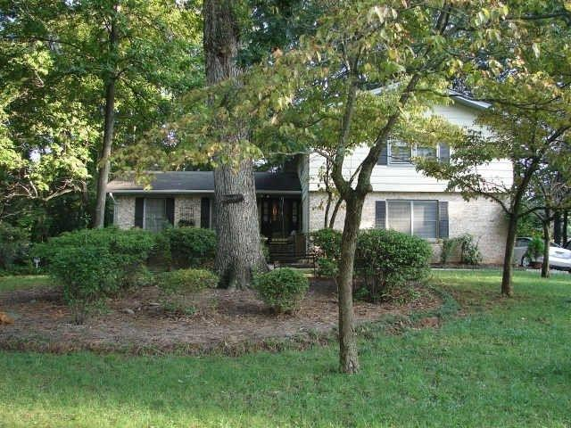 4167 Hambrick Way, Stone Mountain, GA 30083 (MLS #6114624) :: The Zac Team @ RE/MAX Metro Atlanta