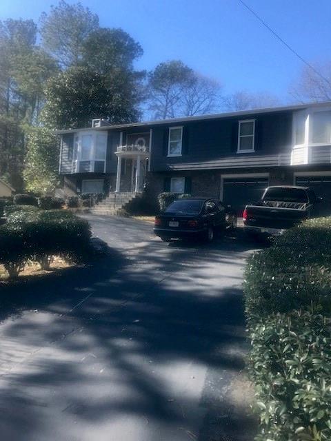 3361 Hollow Tree Drive, Decatur, GA 30034 (MLS #6117808) :: North Atlanta Home Team