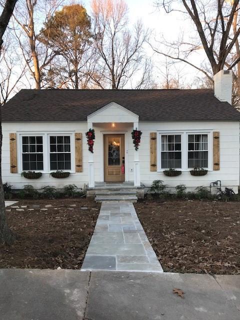 1777 Center Avenue, Atlanta, GA 30344 (MLS #6119050) :: Team Schultz Properties