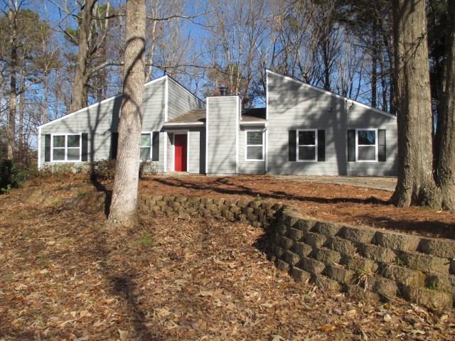 3642 Summit Drive NW, Acworth, GA 30101 (MLS #6121167) :: GoGeorgia Real Estate Group