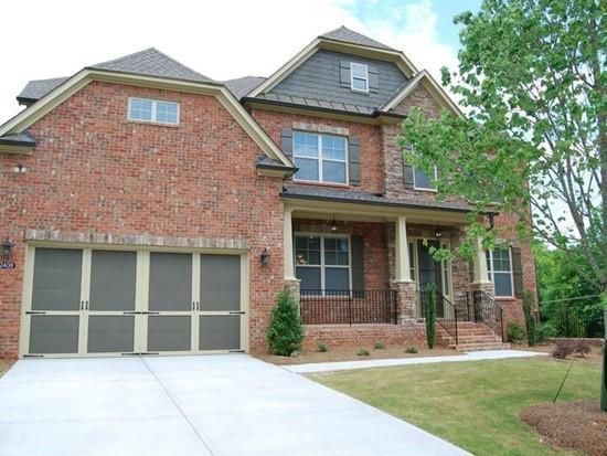 2408 Brewer Way NE, Marietta, GA 30066 (MLS #6503550) :: KELLY+CO
