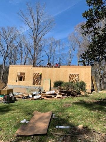 2801 Tee Road SW, Atlanta, GA 30331 (MLS #6512074) :: Kennesaw Life Real Estate