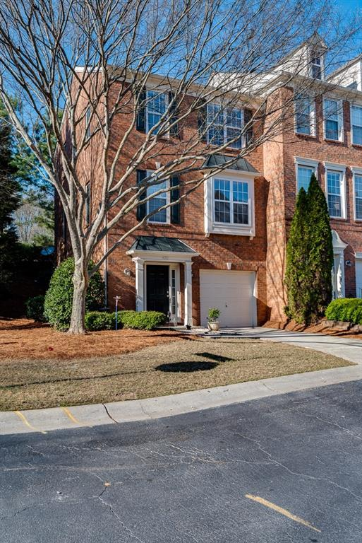 4001 Edgecomb Drive, Roswell, GA 30075 (MLS #6514854) :: Rock River Realty