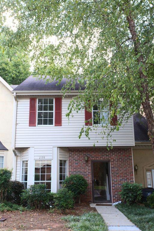 2195 Fairways Court NW, Kennesaw, GA 30144 (MLS #6515517) :: Kennesaw Life Real Estate