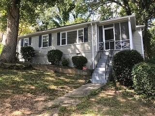 2733 Baker Ridge Drive NW, Atlanta, GA 30318 (MLS #6516359) :: North Atlanta Home Team