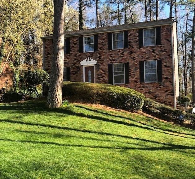 155 Roswell Farms Lane, Roswell, GA 30075 (MLS #6516447) :: The Zac Team @ RE/MAX Metro Atlanta