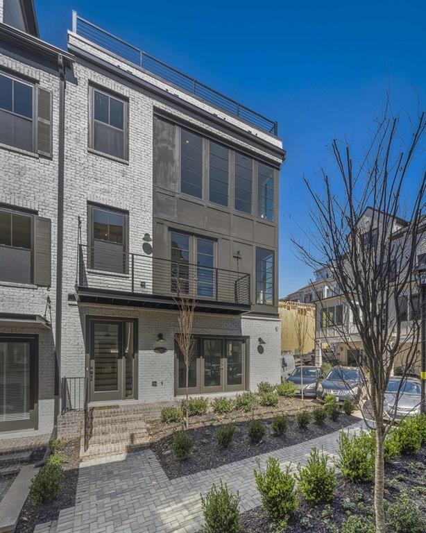 160 Ridgely Court, Atlanta, GA 30342 (MLS #6517562) :: Iconic Living Real Estate Professionals