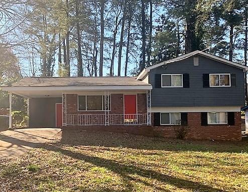 3238 Amhurst Drive NW, Atlanta, GA 30318 (MLS #6522505) :: Charlie Ballard Real Estate