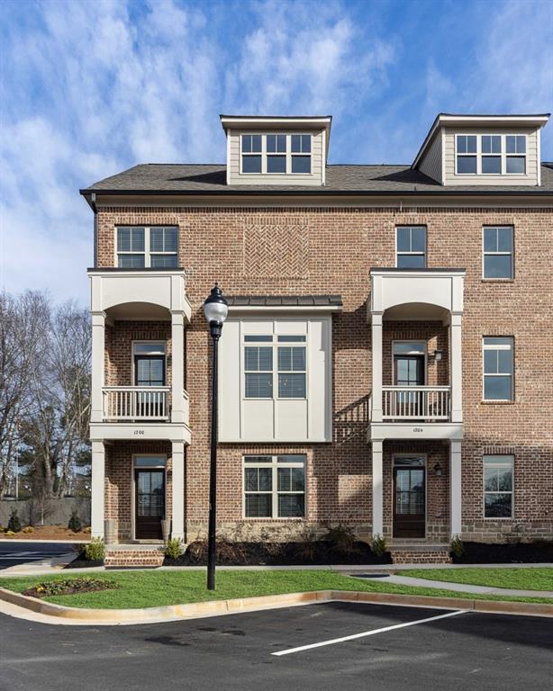 1200 Stone Castle Circle #01, Smyrna, GA 30080 (MLS #6523952) :: Charlie Ballard Real Estate