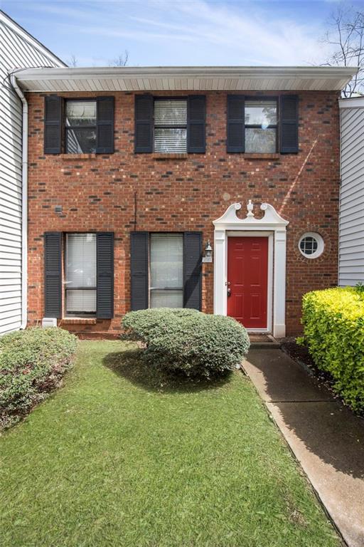 2390 Newport Landing, Alpharetta, GA 30009 (MLS #6539511) :: Path & Post Real Estate