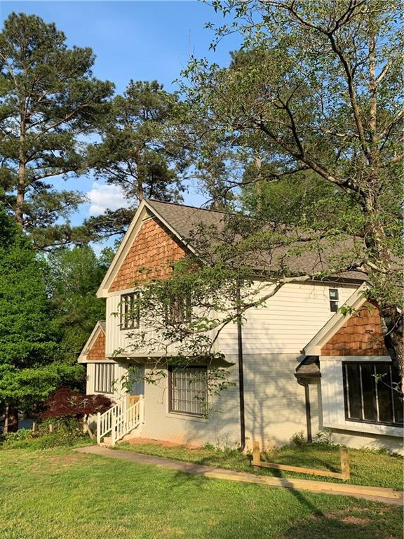 4816 Dean Lane SW, Lilburn, GA 30047 (MLS #6540250) :: RE/MAX Paramount Properties