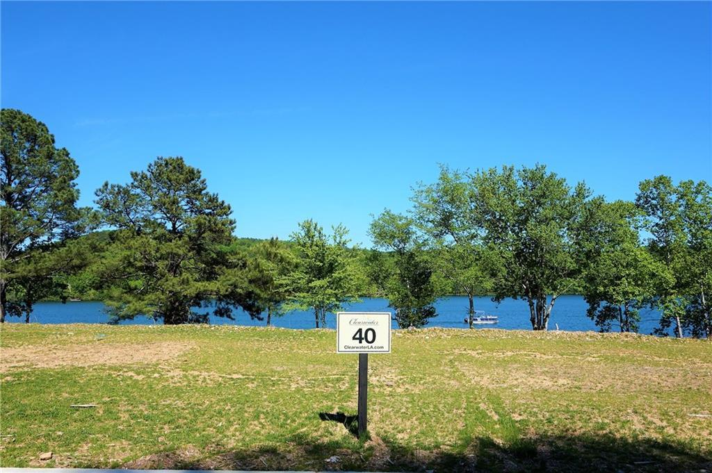 568 Clearwater Landing - Photo 1