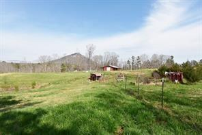 102 W Leatherwood Road, Toccoa, GA 30577 (MLS #6544751) :: Iconic Living Real Estate Professionals
