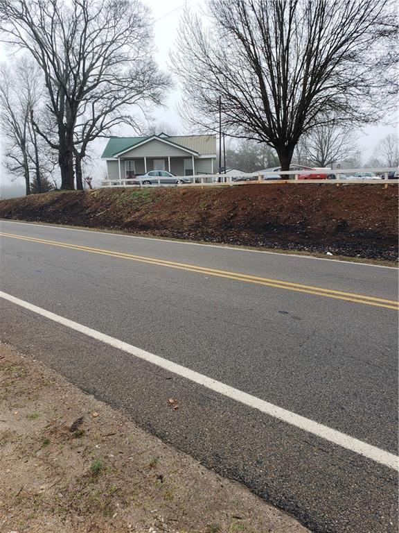 100 Woods Bridge Road, Commerce, GA 30529 (MLS #6547193) :: The Zac Team @ RE/MAX Metro Atlanta