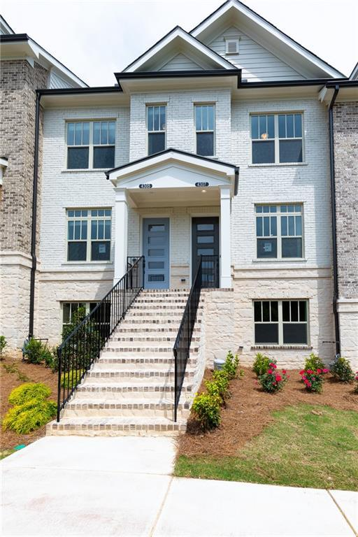 4203 Deming Circle, Atlanta, GA 30342 (MLS #6547281) :: The Heyl Group at Keller Williams