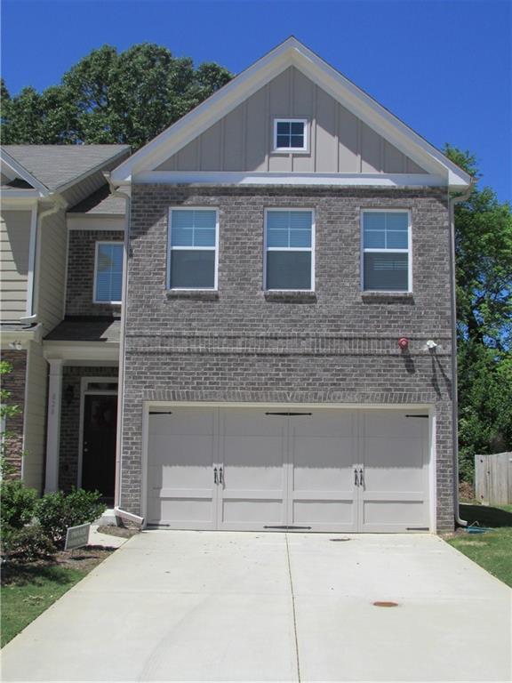 828 Arbor Crowne Drive, Lawrenceville, GA 30045 (MLS #6547621) :: North Atlanta Home Team