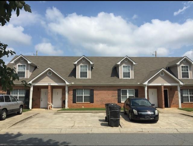 400 Rosehip Lane, Acworth, GA 30101 (MLS #6548641) :: KELLY+CO