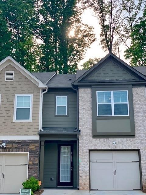 2239 Triple Crown Lane #31, Lithonia, GA 30058 (MLS #6548775) :: The Zac Team @ RE/MAX Metro Atlanta