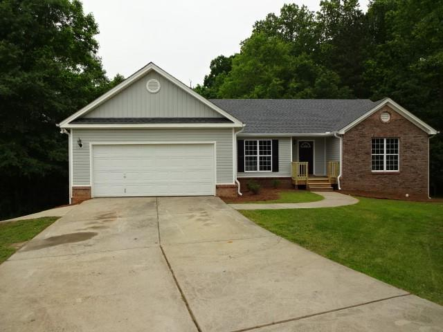 35 Lays Court, Winder, GA 30680 (MLS #6551820) :: The Zac Team @ RE/MAX Metro Atlanta