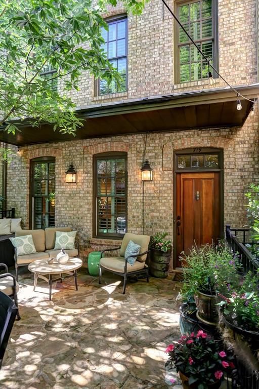 719 Carpenter Way, Woodstock, GA 30188 (MLS #6552785) :: Path & Post Real Estate