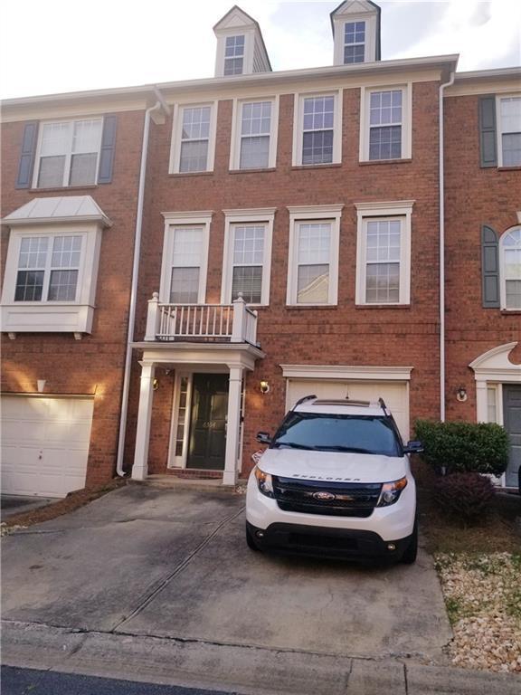 6354 Views Trace, Peachtree Corners, GA 30092 (MLS #6553628) :: RE/MAX Paramount Properties