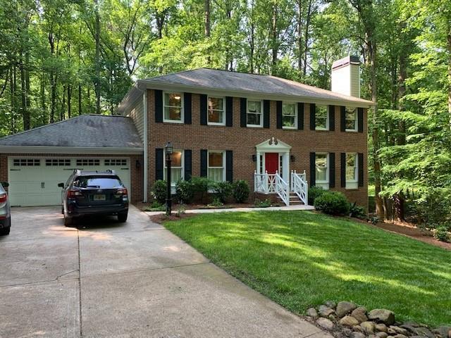 12000 Wallace Woods Lane, Alpharetta, GA 30004 (MLS #6555148) :: RE/MAX Paramount Properties