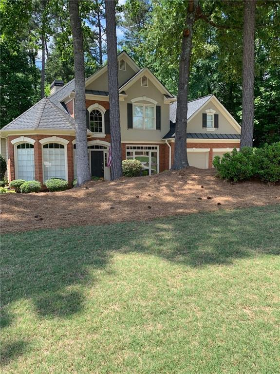 1435 Chattahoochee Run Drive, Suwanee, GA 30024 (MLS #6555678) :: Barbara Buffa