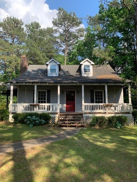 2501 Cedar Drive, Lawrenceville, GA 30043 (MLS #6556442) :: RE/MAX Paramount Properties