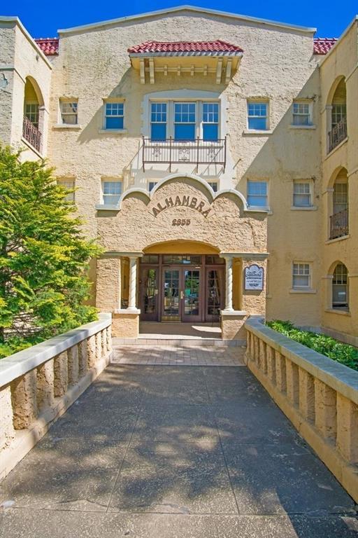 2855 Peachtree Road NE #316, Atlanta, GA 30305 (MLS #6557563) :: Iconic Living Real Estate Professionals