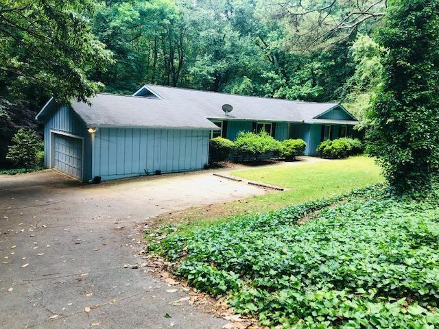 1555 Sunnybrook Farm Road, Sandy Springs, GA 30350 (MLS #6557802) :: RE/MAX Paramount Properties