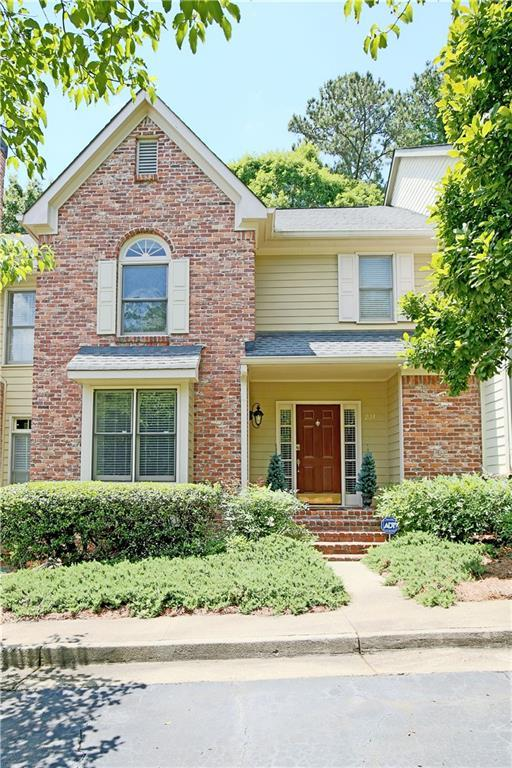 238 Riverview Trail, Roswell, GA 30075 (MLS #6558023) :: RE/MAX Paramount Properties