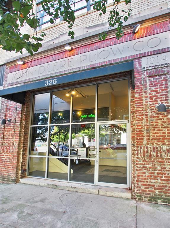 326 Nelson Street SW #202, Atlanta, GA 30313 (MLS #6558189) :: Iconic Living Real Estate Professionals