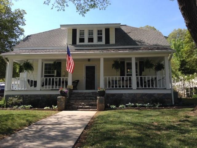 520 W Main Street, Blue Ridge, GA 30513 (MLS #6561077) :: North Atlanta Home Team