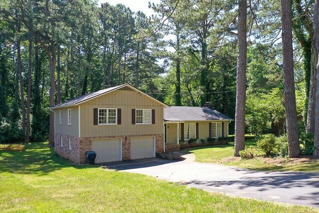 1682 Smithwood Drive, Marietta, GA 30062 (MLS #6562508) :: North Atlanta Home Team
