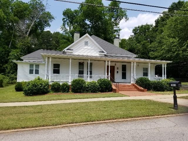 1101 5th Avenue, West Point, GA 31833 (MLS #6565876) :: The Heyl Group at Keller Williams