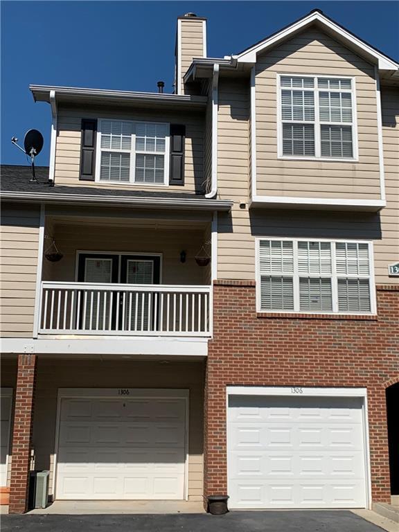 1306 Vinings Forest Lane SE, Smyrna, GA 30080 (MLS #6566890) :: Kennesaw Life Real Estate