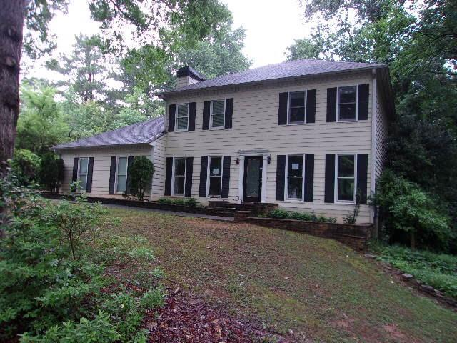 4711 Crest Knoll Drive SE, Mableton, GA 30126 (MLS #6568201) :: The Heyl Group at Keller Williams