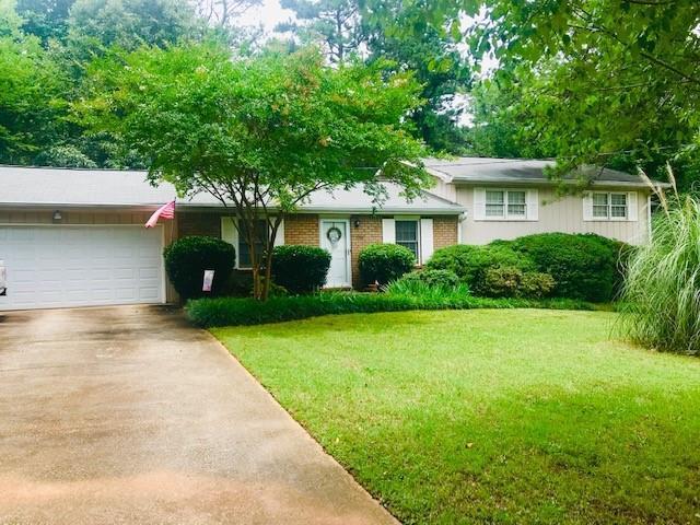 5740 Macedin Drive, Douglasville, GA 30135 (MLS #6571534) :: North Atlanta Home Team