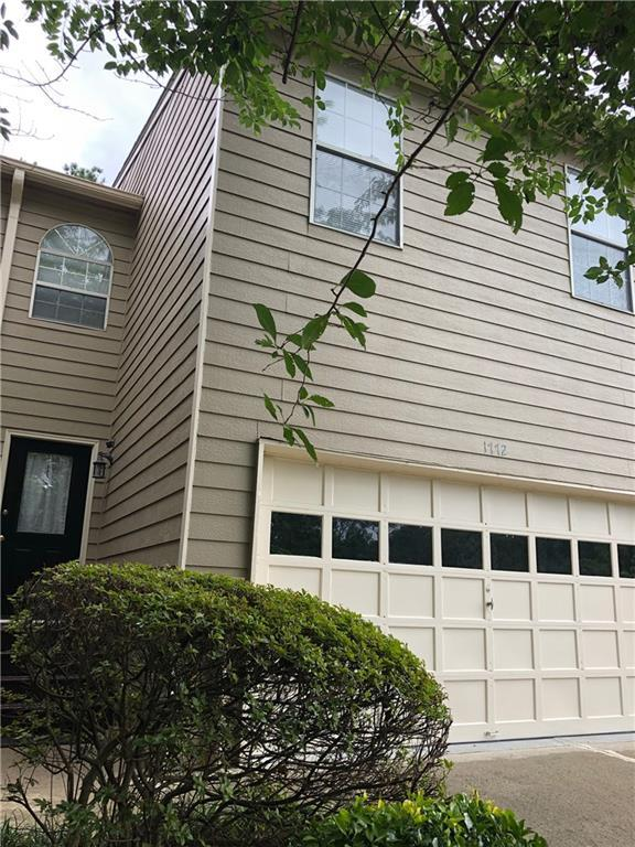 1772 Millview Drive, Marietta, GA 30062 (MLS #6572509) :: KELLY+CO